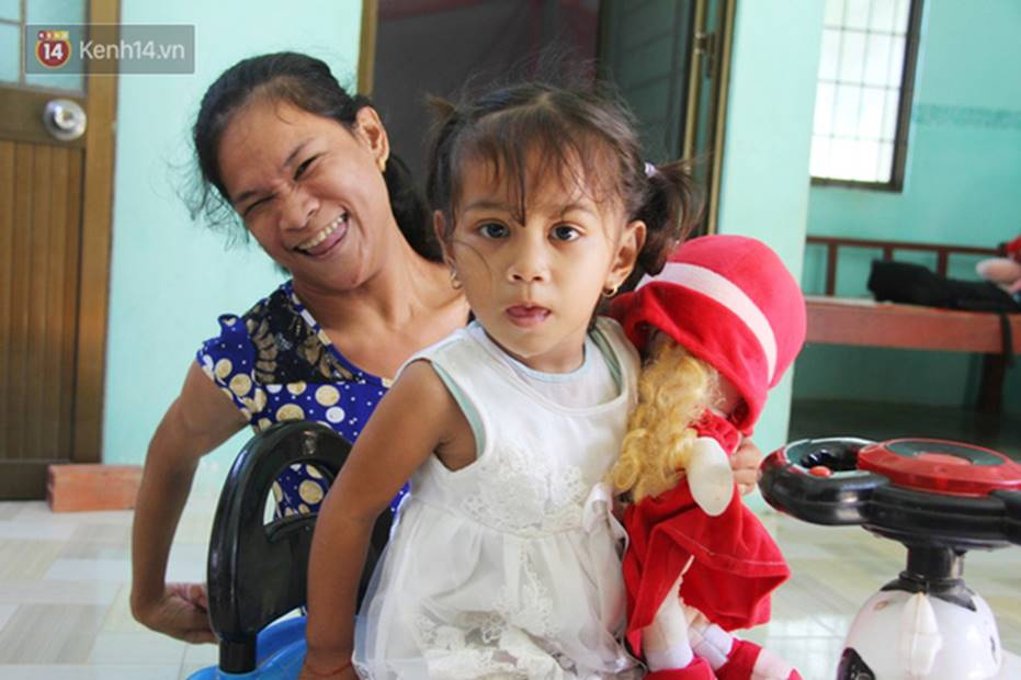 Cuộc sống đổi thay của người mẹ điên từng bị hiếp dâm đến sinh con ở Trà Vinh: Căn nhà nhỏ đã tràn ngập tiếng cười-16