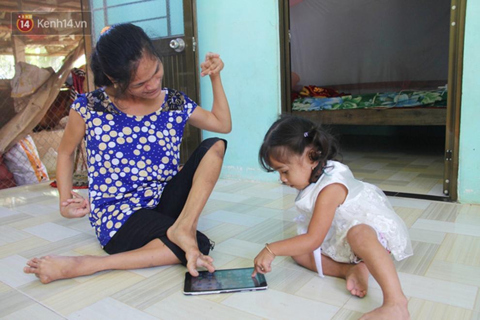 Cuộc sống đổi thay của người mẹ điên từng bị hiếp dâm đến sinh con ở Trà Vinh: Căn nhà nhỏ đã tràn ngập tiếng cười-11