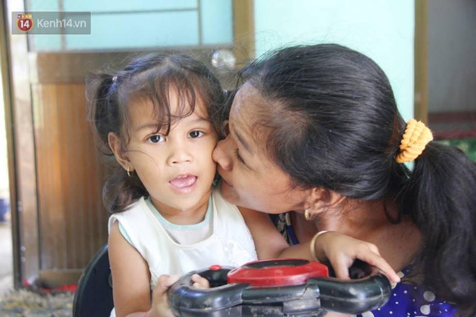 Cuộc sống đổi thay của người mẹ điên từng bị hiếp dâm đến sinh con ở Trà Vinh: Căn nhà nhỏ đã tràn ngập tiếng cười-9