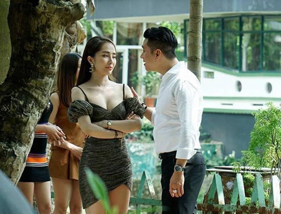 Quỳnh Nga giờ tự tin mặc đồ phô trương cơ thể-5