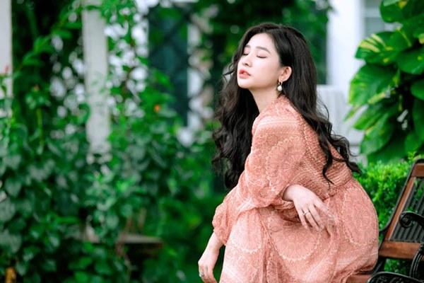 Vợ cũ Hồ Quang Hiếu chính thức lên tiếng sau vụ tố hiếp dâm ồn ào, khẳng định mình hạnh phúc nhất là khi có tiền trong tay-2
