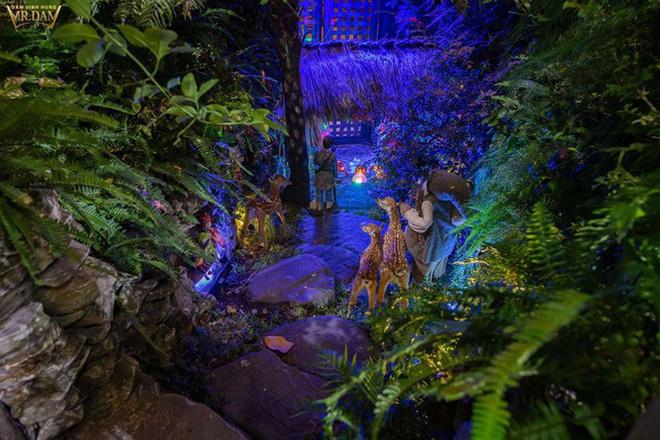 Choáng ngợp sắc màu Noel trong biệt thự 60 tỷ của Đàm Vĩnh Hưng-3