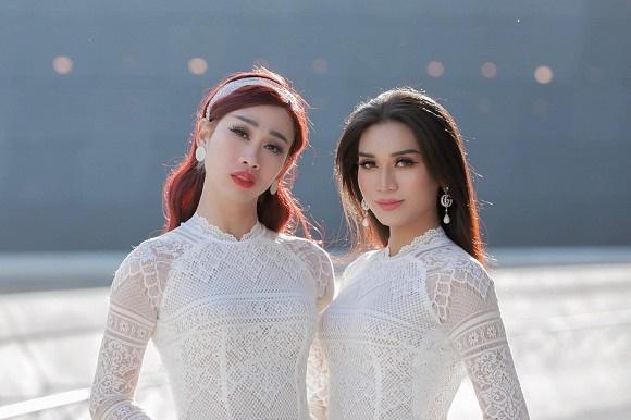 BB Trần cùng Hải Triều diện áo dài trắng nền nã như nữ sinh chính hiệu-2