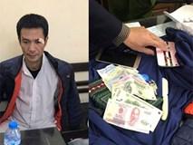 Hà Nội: Đi bộ ở hồ Hoàn Kiếm, người phụ nữ bị kẻ gian móc trộm tài sản