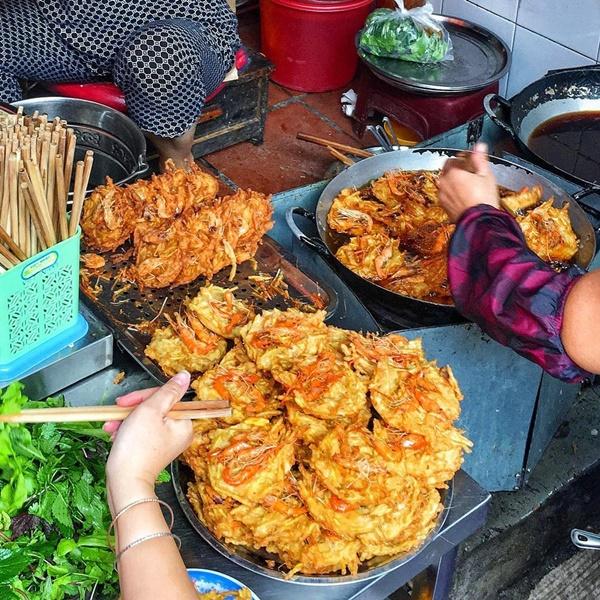 Phở tíu và 6 món ngon đường phố đáng thử ở ngõ chợ Đồng Xuân-5