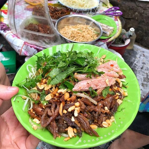 Phở tíu và 6 món ngon đường phố đáng thử ở ngõ chợ Đồng Xuân-6
