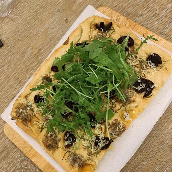 Khoe món ngon đẹp lạ chồng nấu, Phan Như Thảo: Cũng không có gì, chỉ là một bữa bình thường-3