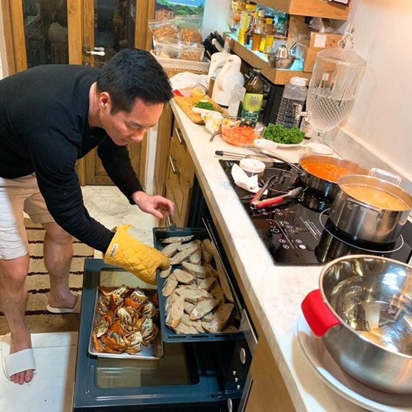 Khoe món ngon đẹp lạ chồng nấu, Phan Như Thảo: Cũng không có gì, chỉ là một bữa bình thường-9