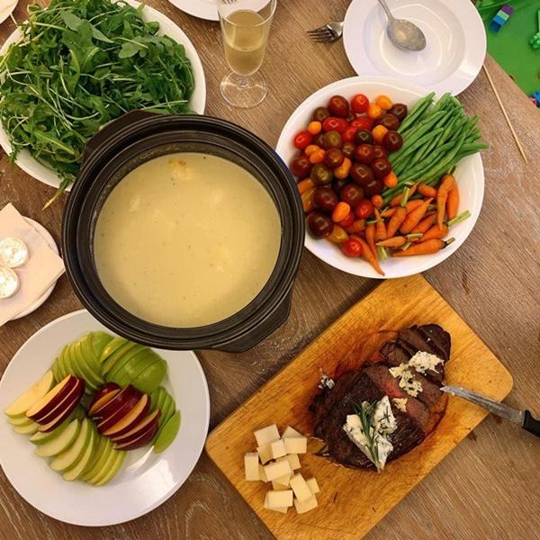 Khoe món ngon đẹp lạ chồng nấu, Phan Như Thảo: Cũng không có gì, chỉ là một bữa bình thường-13
