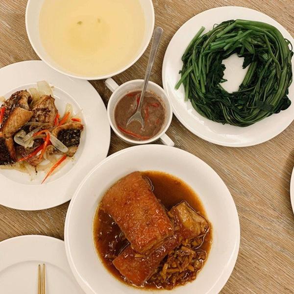 Khoe món ngon đẹp lạ chồng nấu, Phan Như Thảo: Cũng không có gì, chỉ là một bữa bình thường-16