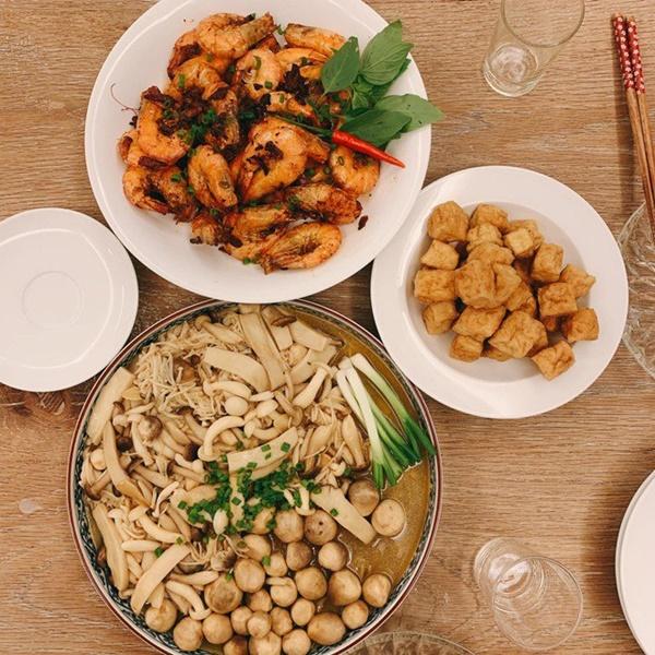 Khoe món ngon đẹp lạ chồng nấu, Phan Như Thảo: Cũng không có gì, chỉ là một bữa bình thường-17