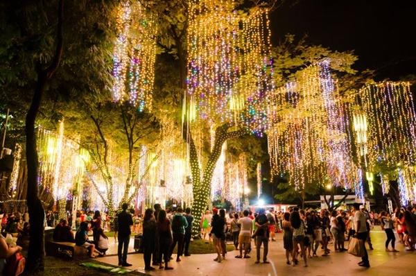 4 đất nước hút khách đón Giáng sinh tại châu Á-3