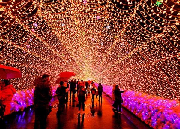 4 đất nước hút khách đón Giáng sinh tại châu Á-16