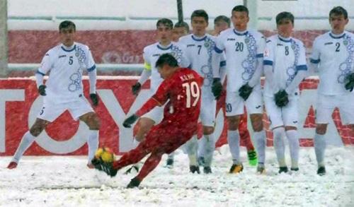 Không làm thì thôi, nhưng một khi dân mạng đã hợp sức thì chỉ mất vài giờ đã giúp Quang Hải vượt lên dẫn top đầu bàn thắng đẹp nhất của U23 châu Á-3