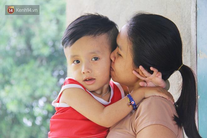 Đường cùng của người mẹ tìm cách bán thận cứu con trai 4 tuổi u não, nào ngờ phát hiện bản thân bị viêm gan C giai đoạn cuối-6