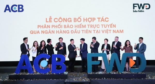 ACB và FWD hợp tác phân phối bảo hiểm trực tuyến qua ngân hàng-3