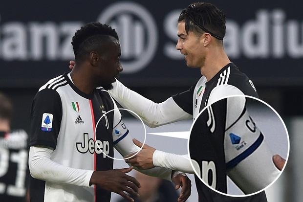 Ronaldo từ chối đeo băng đội trưởng Juventus và ngay sau đó là hành động tôn vinh đồng đội cực kỳ tinh tế-1