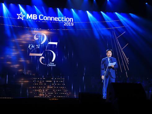 'Khi ta 25' - món quà âm nhạc đầy yêu thương của MB