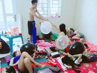 Ngán ngẩm với hình ảnh 5 - 6 cô gái nằm vạ vật hít bóng cười, ngay bên cạnh là nam thanh niên đang hỗ trợ bơm bóng