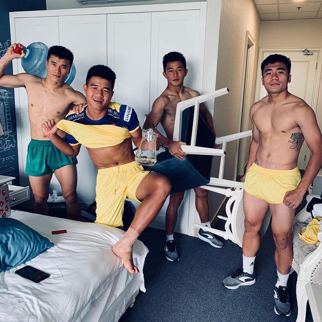 Không phải Quang Hải, Duy Mạnh hay Văn Hậu, đây mới là cầu thủ Việt có Instagram hot nhất hiện tại!-5