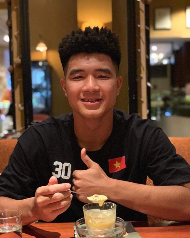 Không phải Quang Hải, Duy Mạnh hay Văn Hậu, đây mới là cầu thủ Việt có Instagram hot nhất hiện tại!-7