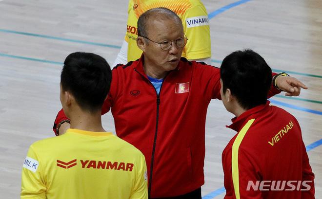 Huyền thoại Hàn Quốc chỉ ra điểm mạnh của U23 Việt Nam, khen thầy Park dạy học trò rất tốt-1