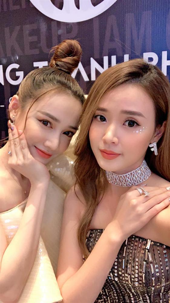 Midu và Nhã Phương hiếm hoi chung khung hình: 2 mỹ nhân Những thiên thần áo trắng lột xác ngoạn mục sau 10 năm-1