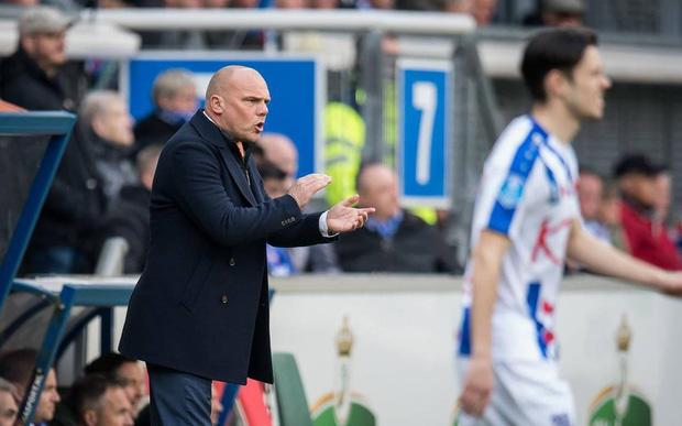 Sau màn ra mắt ngắn ngủi, Đoàn Văn Hậu nhận tin không thể vui hơn từ HLV SC Heereenveen-1