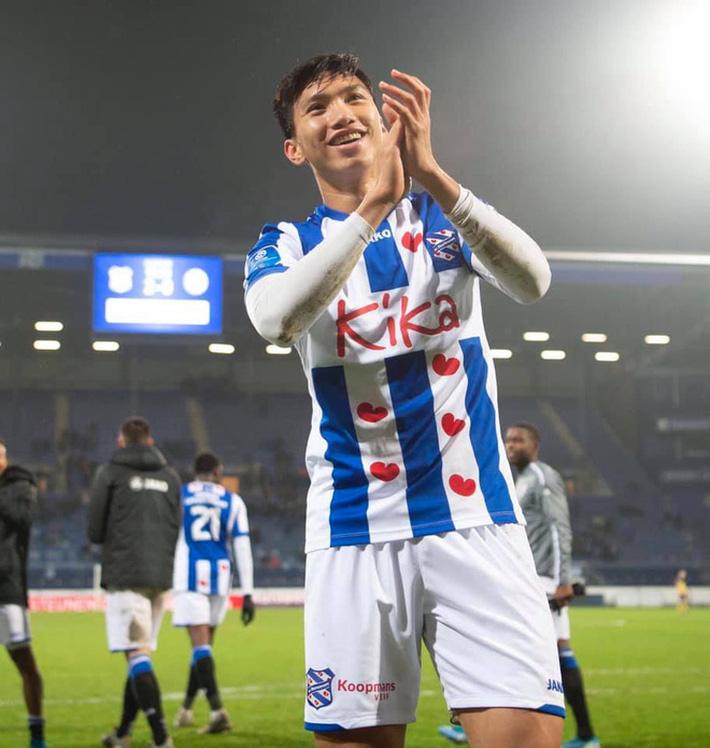 Sau màn ra mắt ngắn ngủi, Đoàn Văn Hậu nhận tin không thể vui hơn từ HLV SC Heereenveen-2