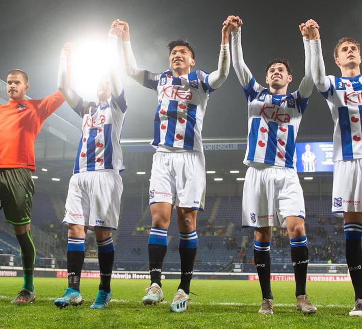 Sau màn ra mắt ngắn ngủi, Đoàn Văn Hậu nhận tin không thể vui hơn từ HLV SC Heereenveen-6