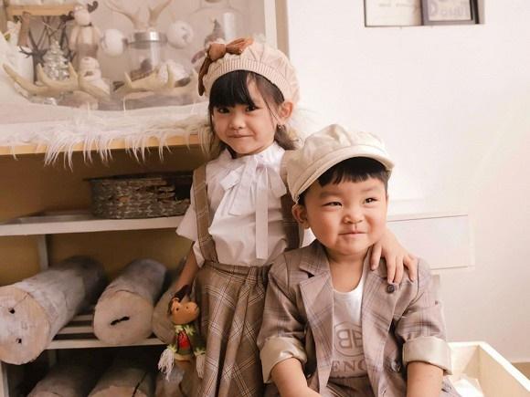 Hải Băng hạnh phúc bên ba con trong bộ ảnh đón Noel-10