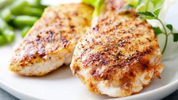 5 thực phẩm không nên hâm nóng lại để ăn vì dễ tạo độc tố-1