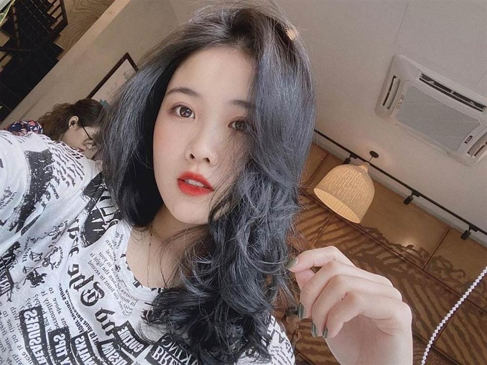 Bạn gái xinh đẹp của Văn Hậu mặc mong manh như sương quyến rũ hút mắt-7