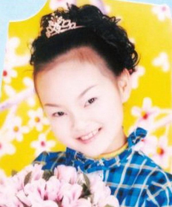 Câu chuyện về nữ thần đồng Trung Quốc tự sát ngay tại trường học hé lộ nhiều góc khuất, thức tỉnh cha mẹ ôm mộng nuôi con thành thiên tài-1
