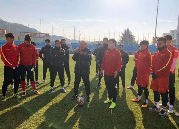 Tin vui từ Hàn Quốc: Quang Hải đã hồi phục chấn thương, tập luyện bình thường cùng U23 Việt Nam-1