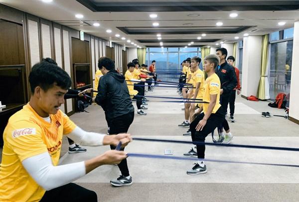 Tin vui từ Hàn Quốc: Quang Hải đã hồi phục chấn thương, tập luyện bình thường cùng U23 Việt Nam-5