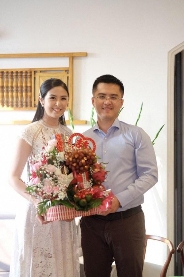 Hot: Lộ ảnh Hoa hậu Ngọc Hân bí mật làm lễ dạm ngõ với bạn trai nhiều năm?-2