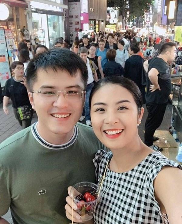 Hot: Lộ ảnh Hoa hậu Ngọc Hân bí mật làm lễ dạm ngõ với bạn trai nhiều năm?-4