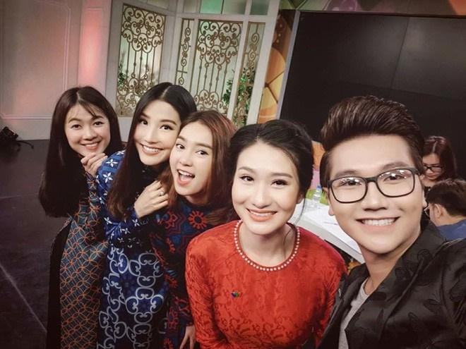 2 nữ MC của VTV không dùng tên thật khi lên sóng: Người xinh đẹp nuột nà, kẻ quen mặt đóng phim-19