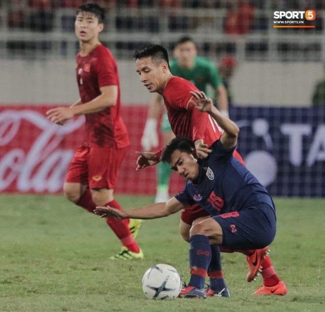 Tuyển Việt Nam kết thúc năm 2019 với vị trí chưa từng có trên BXH FIFA, xứng danh nhà vua bóng đá Đông Nam Á-3