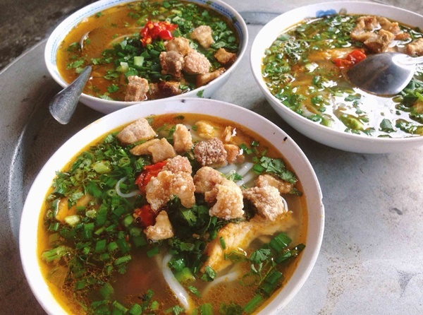 Những món ăn nhất định phảithử khi tới cố đô Huế-5