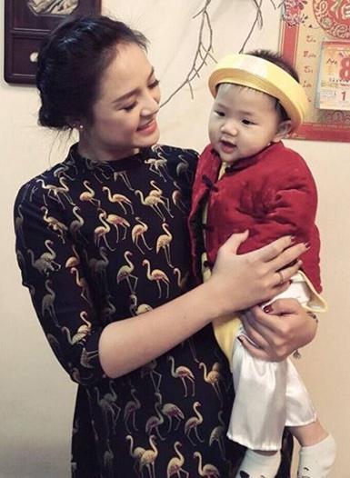 """Thu Quỳnh Về nhà đi con"""": Bà mẹ đơn thân hot nhất showbiz Việt khiến nhiều người khâm phục vì cách dạy con đầy bản lĩnh-1"""