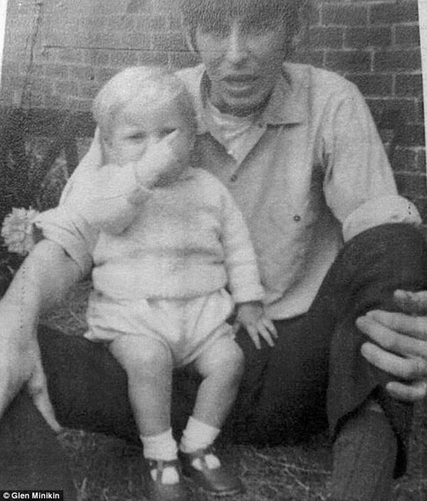 Bức ảnh cũ gần 50 năm được đăng trên Facebook đã tố cáo tội ác man rợ của người cha dượng với con riêng của vợ-1