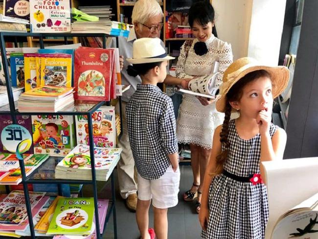 """Nhà giàu nhưng 2 con của Hồng Nhung không biết iPad là gì còn nhầm tưởng rất ngộ nghĩnh, nguyên nhân từ cách dạy không giống ai"""" của nữ Diva-8"""