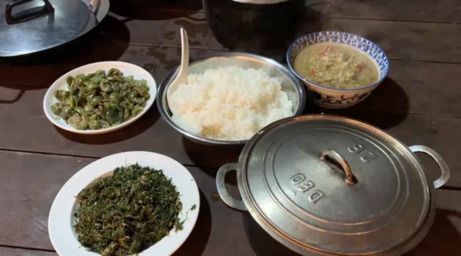 HHen Niê tung clip nấu ăn toàn món lạ hiếm người biết: có khi nào cô nàng Hoa hậu giản dị này sắp lấn sân làm youtuber không?-15