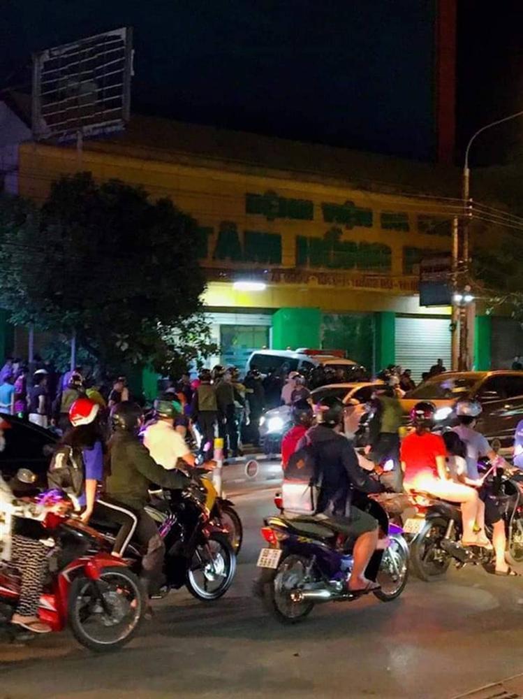 Công an Đồng Nai trắng đêm trấn áp nhóm giang hồ xông vào Bệnh viện Tâm Hồng Phước khống chế giám đốc đòi nợ-3