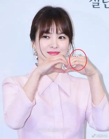 """Chuyện tái hợp giữa Song Hye Kyo và Song Joong Ki được truyền thông Hàn khẳng định chắc như đinh đóng cột"""" theo hướng này-2"""