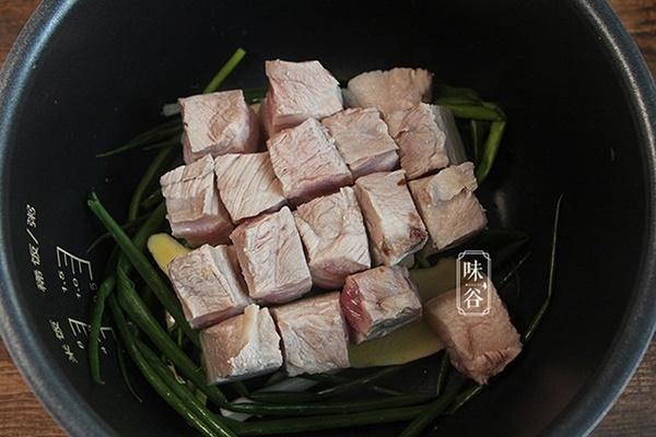 Mẹo kho thịt bằng nồi cơm điện đã ngon lại chẳng tốn nhiều công sức nấu-5