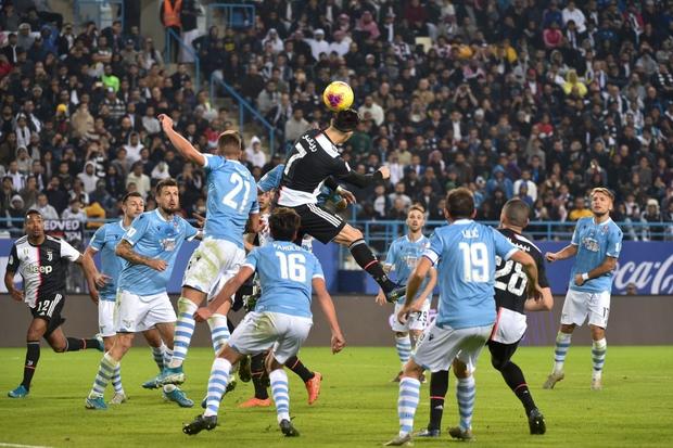 Đi thật xa để đá trận tranh cúp đầu tiên của mùa giải nhưng Ronaldo lại phải nhận cái kết đắng ngắt-7
