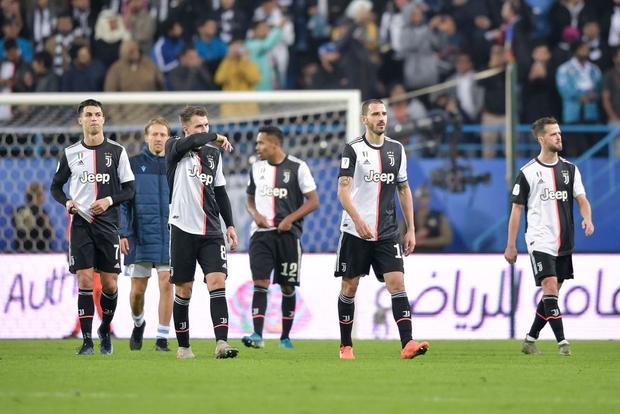 Đi thật xa để đá trận tranh cúp đầu tiên của mùa giải nhưng Ronaldo lại phải nhận cái kết đắng ngắt-2